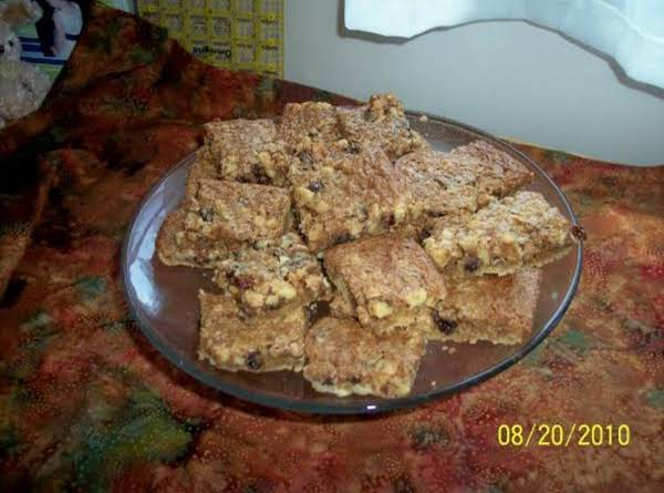 Raisin-walnut Bars Recipe