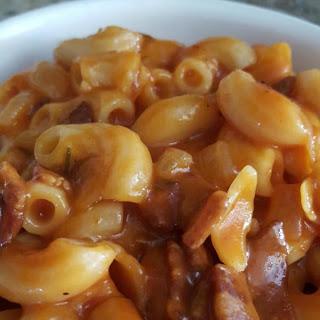 Grandma's Easy One Pot Macaroni Dinner