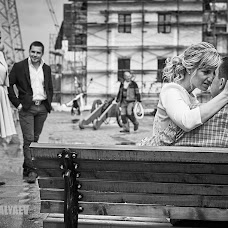 Bryllupsfotograf Nikolay Valyaev (nikvval). Bilde av 20.07.2015