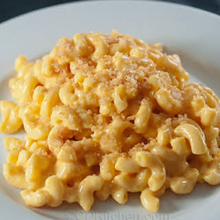 Macaroni and Cheese for a Crowd.