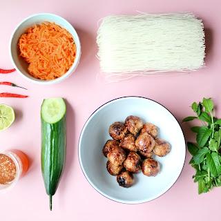 Vietnamese Noodle Salad (Salade de Vermicelle Vietnamienne)