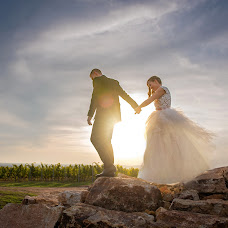 Wedding photographer Péter Bátori (batorifoto). Photo of 10.10.2017
