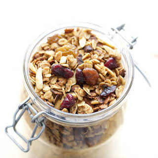 How To Make Granola In The Crock-Pot.