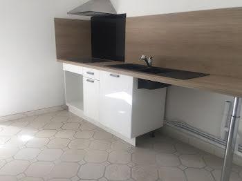 appartement à Uchaud (30)