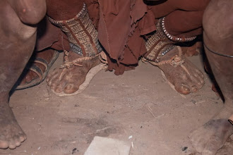 Photo: Himba feet / Nohy slavné Himby