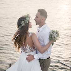 Wedding photographer Liubomyr-Vasylyna Latsyk (liubomyrlatsyk). Photo of 29.10.2017