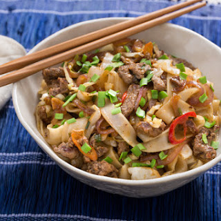 Cumin-Sichuan Beef & Noodles with Pepper, Cabbage & Garlic Chives