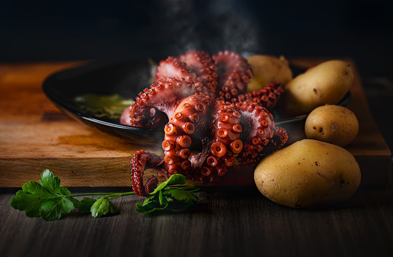 Polpo con patate, un classico di davide_giovanni_volpi