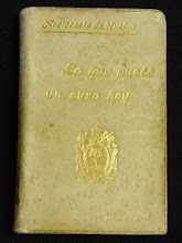 """Photo: Museo - Ejemplar de """"Lo que puede un cura hoy"""" dedicado al Papa Pío X"""