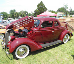 Photo: First time I've seen a rumble seat.