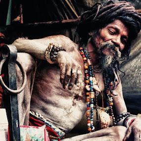 sadhu by Sayan Basu - People Street & Candids ( senior citizen, sadhu )