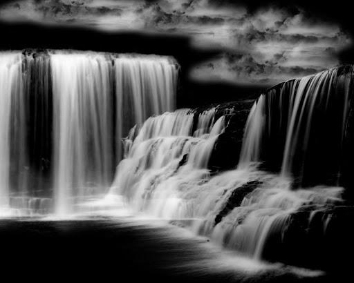 Dark Waterfall Live Wallpaper