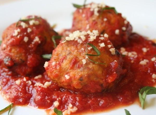 Homemade Meatballs & Sauce Recipe