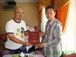 Photo: Singapore Batik Artist Kamal Dollah visit to Pekalongan, Indonesia 28th April - 4thMay 2009
