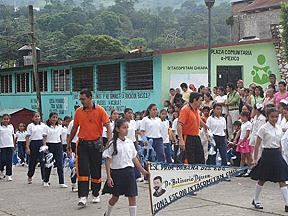 Photo: Eventos de nuestra vecina ciudad de Ixtacomitán, chis. Desfile