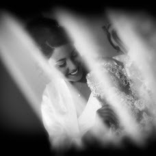 Wedding photographer Maurizio Crescentini (FotoLidio). Photo of 03.09.2018