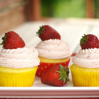 Simple Strawberry Lemon Cupcakes.
