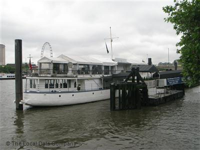 The Yacht At Temple Pier On Victoria Embankment Restaurant