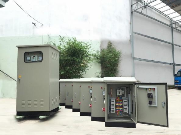 Chuẩn bị các loại vỏ tủ điện và thiết bị chu đáo