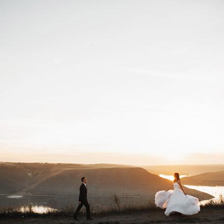 Wedding photographer Vladimir Garasimov (VHarasymiv). Photo of 29.11.2017