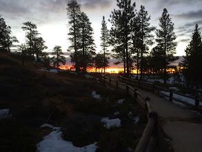 Photo: Sunrise crowd at Sunrise Point Bryce Canyon