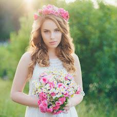 Wedding photographer Olesya Seredneva (AliceSov). Photo of 30.07.2015