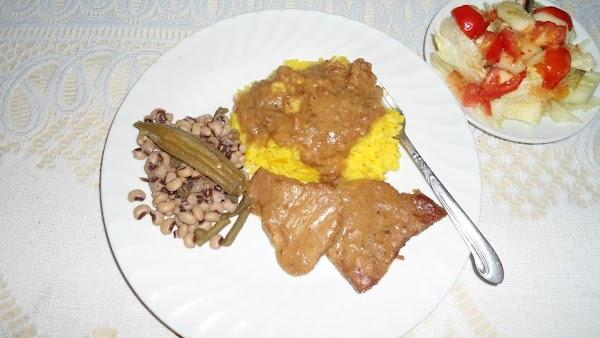 Round Steak And Gravy With Yellow Rice Recipe