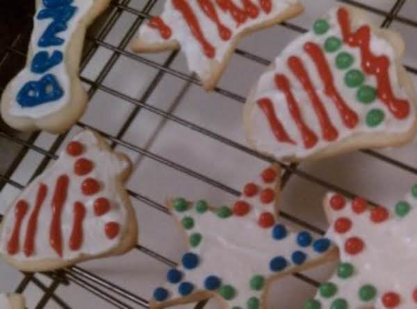 Sugar Cookies Decorated With Royal Icing Recipe