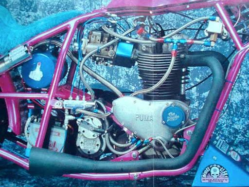 Drag Triumph pré unit présenté par Machines et Moteurs spécialiste des Triumph Bonneville classiques.