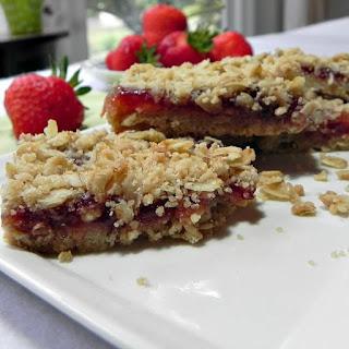 Oatmeal Strawberry Bars