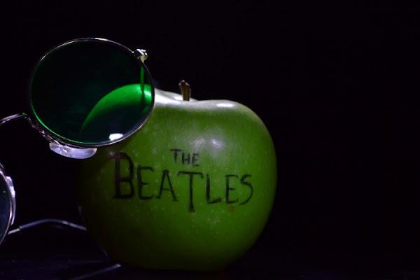 Apple records di montors91