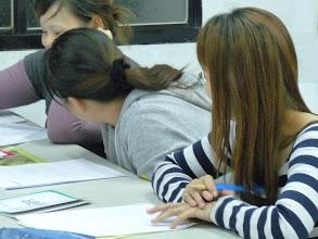 Photo: 20111201頭屋行動教室-外配識字班005