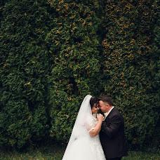 Wedding photographer Vitaliy Nalizhitiy (Rococo). Photo of 23.12.2017