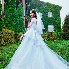 Wedding photographer Valentina Dovbenchuk (redpartizanka). Photo of 02.10.2015