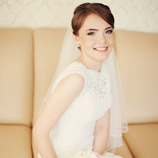 Wedding photographer Dina Mukhutdinova (dinka88). Photo of 25.04.2014