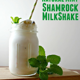 How to Make a Natural Mint Shamrock Shake
