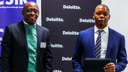 Dr Thulani Dlamini, CEO of the CSIR, and Lwazi Bam, CEO of Deloitte Africa.