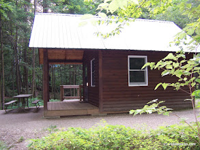 Photo: Exterior of Cabin Whitetail at Gifford Woods State Park