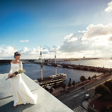Wedding photographer Yuliya Turgeneva (Turgeneva). Photo of 07.03.2017