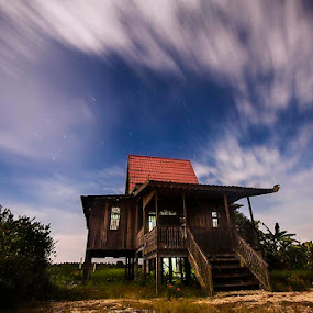 Rumah Panggung by Ikhsan Effendi - Buildings & Architecture Homes