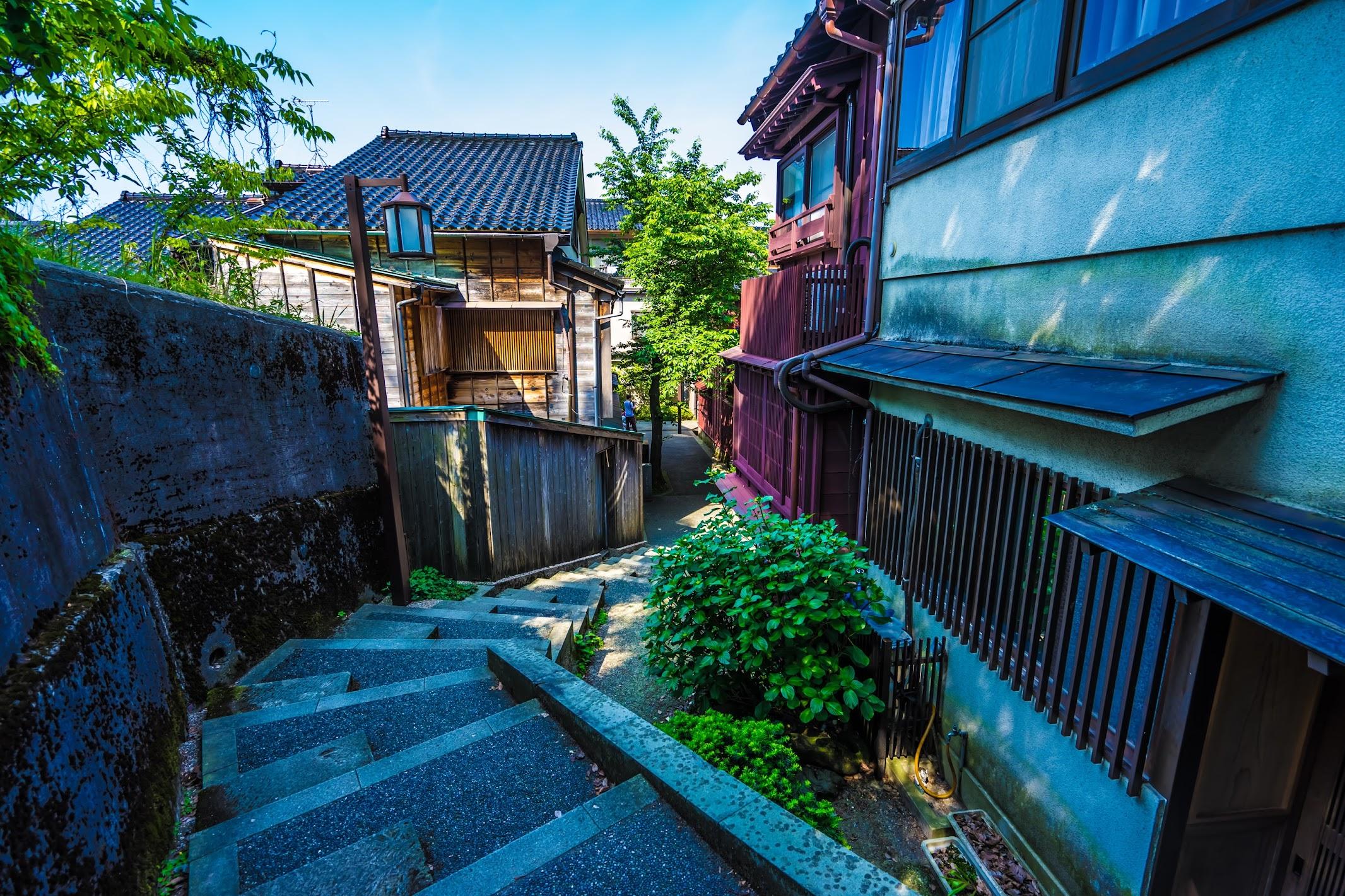 Kanazawa Kazue-machi Chaya District Kuragari-zaka2
