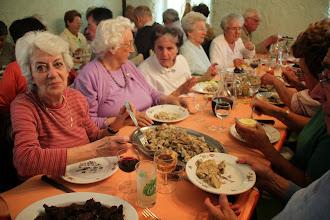 """Photo: Cette viste nous a mis en appêtit, le restaurant """"Les Tilleuls"""" nous régale !"""