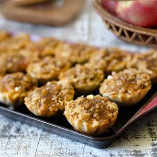 Dutch Caramel Apple Pie Bites