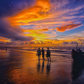 Summer colours by Do AmateurPic - People Street & Candids ( sky, summer, vietnam, seaside, seascape, sunrise, thanh hoa, amateurpic, samson )