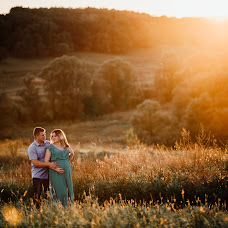 Wedding photographer Alena Bukhancova (Hnomek). Photo of 09.09.2016
