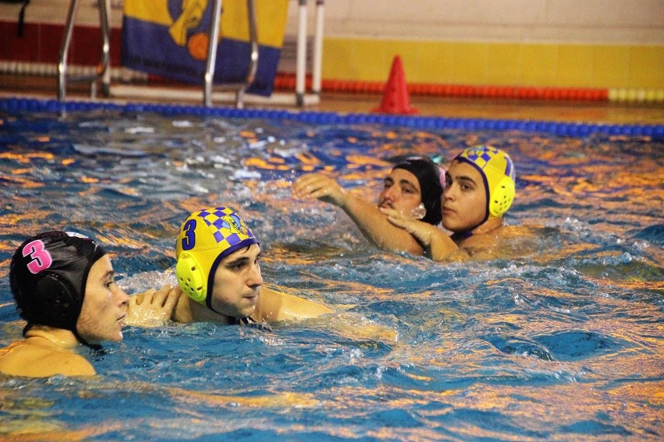 Trabajada vitoria del Waterpolo Algeciras