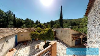 villa à Roquevaire (13)