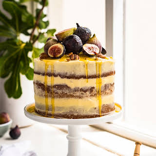 Earl Grey Cake with Honey Mascarpone Frosting and Fresh Figs.