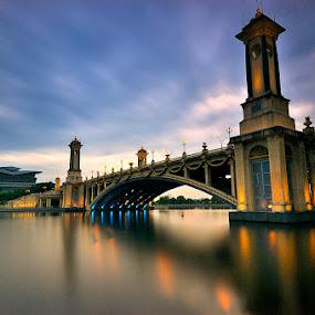 Seri Gemilang Bridge by Azri Suratmin - Travel Locations Landmarks ( azri, sunset, malaysia, seri gemilang bridge, putrajnaya, azrisuratmin, jambatan seri gemilang )