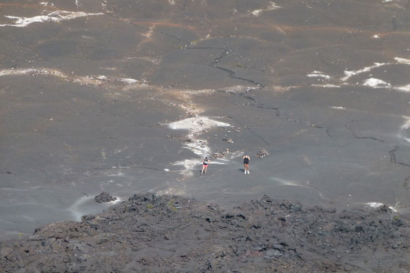 lava lake, filling the Iki crater